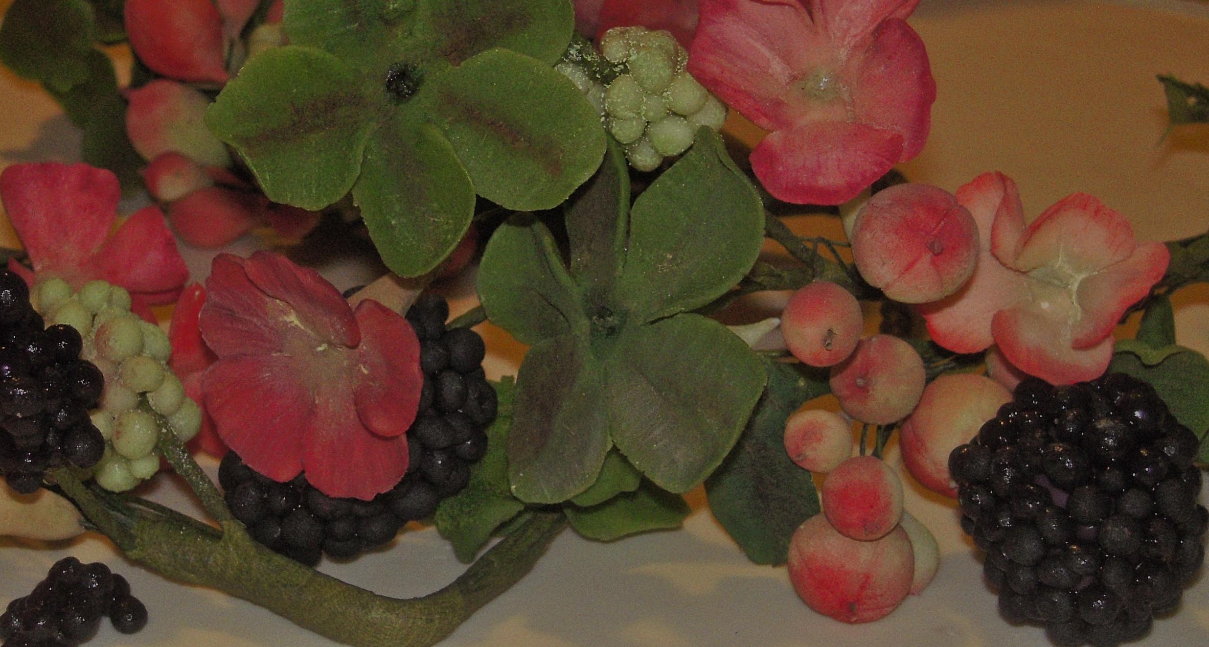 Dettaglio fiori more iberico e foglie